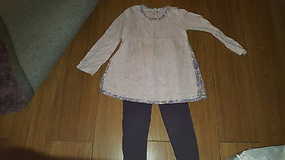 Girls top/legging outfit age 4