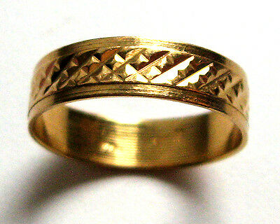 Vintage 18K Yellow Gold Ring Band ,  Size 7.5
