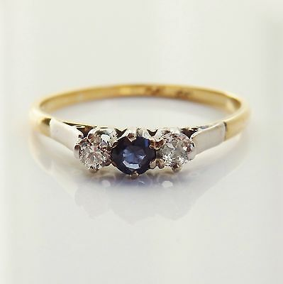 Pretty Vintage Retro 18ct Gold Sapphire & Diamond Ring c1940's; UK Size 'N 1/2'