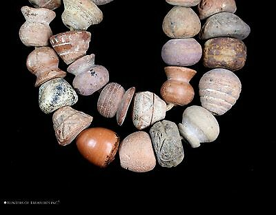 94) Lot of 34 Ancient Pre Columbian Ceramic Spindle Whorl Beads Strand