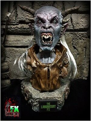 Demon Bust 1/1 scale Unic piece made in Resin, real hair busto de demonio