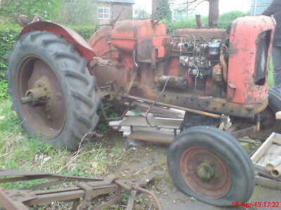 Nuffield Tractor DM4 Universal BMC 3.4 engine vintage Bell housing Flywheel cove