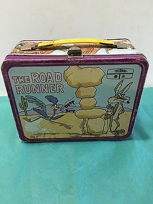 The Road Runner Lunchbox Warner Bros Inc.  No Thermos
