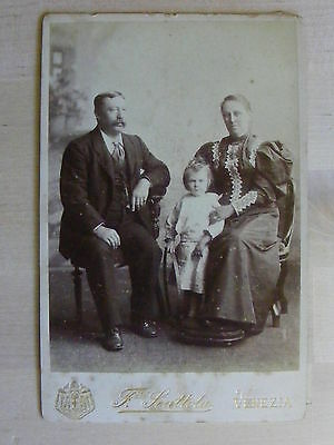 Antique Cabinet Photo Family Group In Venezia Taken By F Scattola