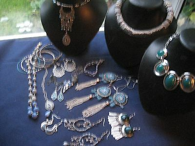 Mixed lot of blue themed costume jewellery
