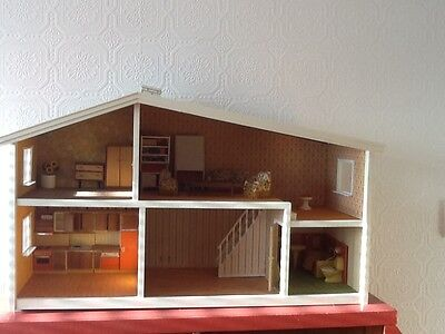 Vintage 1970's Lundby dolls house with contents inc kitchen, bathroom boxed. VGC