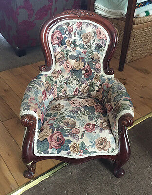 High Quality Child or Doll Antique style chair