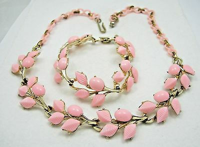 Vintage Pink Molded Plastic Thermoset Necklace & Bracelet Demi Parure Set