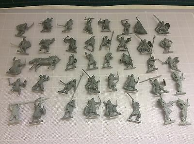 Warhammer Games Workshop Mainly Lord Of The Rings 40 Unpainted Figures