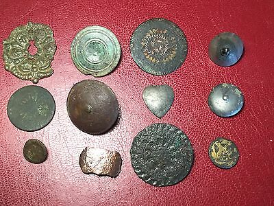 12 Metal Detecting Items