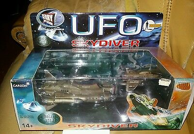 Mint*inrfmb*large*ufo*skydiver*gerry*andersons*shado*ideal*christmas*present