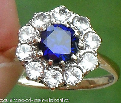 SUPERB ART DECO BLUE & WHITE SAPPHIRE VINTAGE 9ct GOLD DAISY CLUSTER HALO RING