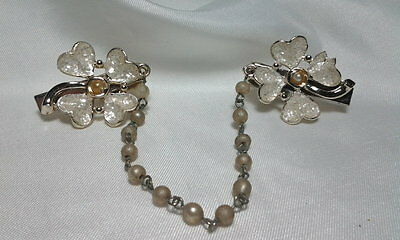 Vintage Estate Gold Faux Pearl Floral DogWood Lily Speckled Sweater Guard Clip