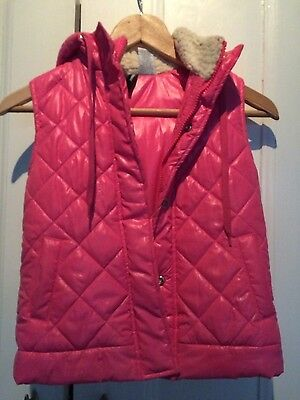 Girls hot pink padded gilet/bodywarmer size 5