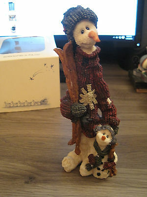 Boyds Bears and Friends #2815 the Skiiers Folkstone Winter Christmas figurine