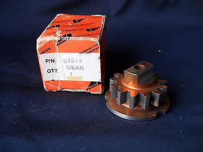 One (1) Lycoming NEW 67514 Gear
