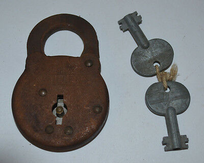 VINTAGE 'WILLEN' Padlock with 2 keys