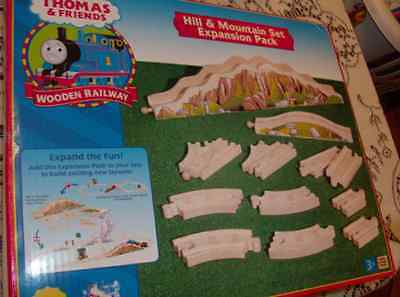 THOMAS the TANK & FRIENDS-2003 HILL & MOUNTAIN SET EXPANSION PACK **NEW IN BOX**