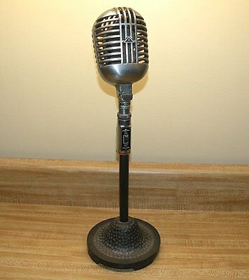 Vintage Astatic Corp. DR-10 Microphone with stand Made in USA nice display item