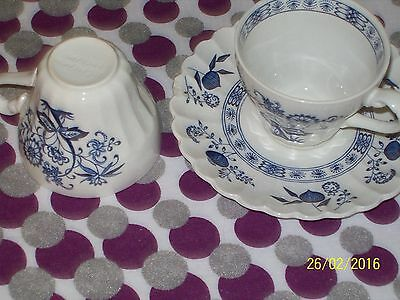 Saxony Classic White/Nordic Blue twp cups and saucers................. sax4