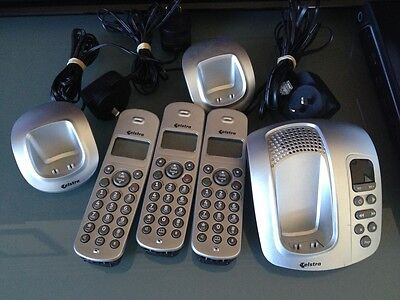Telstra 8200a silver cordless phone with 3 Handsets
