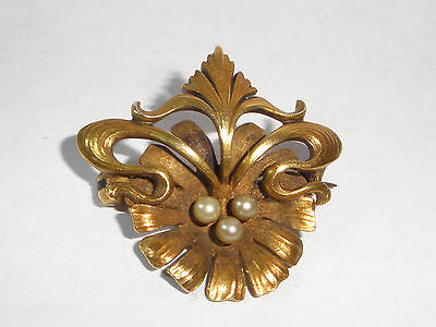Beautiful Antique Victorian Art Nouveau 14k gold  brooch pin with pearls