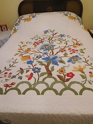 """Home-made Hand-stitched Applique QUILT - Florals - 94"""" x 78"""" - Really Beautiful"""
