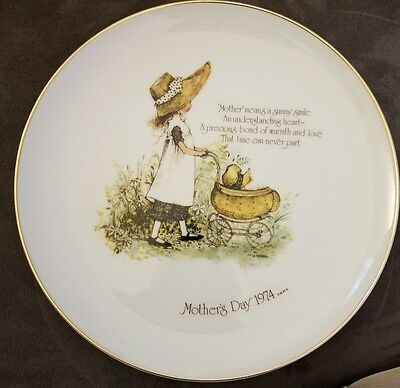 Vintage 1974 Mothers Day Holly Hobbie Commemorative Edition Plate Wwa Inc