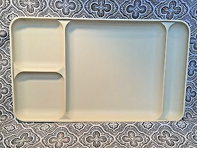 Tupperware Divided Meal Tray Plate Vintage Almond Picnic Camping Cream Kids #134