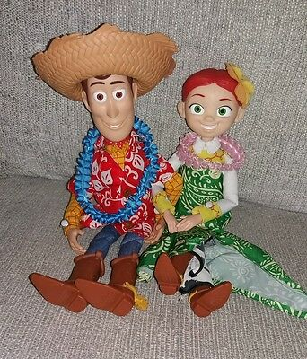 Hawaiian vacation talking woody and Jessie dolls Ex Condition Toy Story