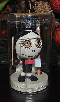 CRAZY CUBEMATES HEAD TEACHER Paperclip Holder Pencil Stand DOLL Zombie Magnetic