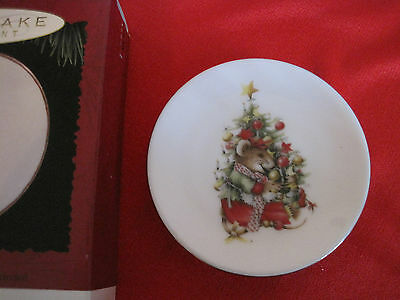 Hallmark VERA THE MOUSE Plate Only Ornament 1995