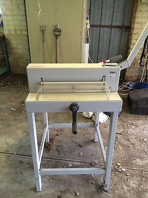 Guillotine IDEAL 3905
