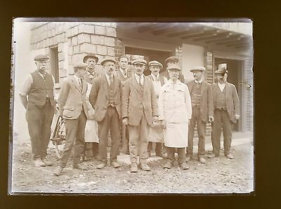 Orig Glass Negative WALTON ON THAMES Construction Workers Builders THEATRE INT