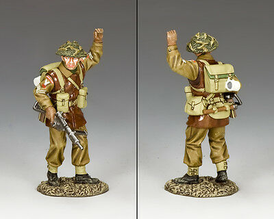 KING AND COUNTRY WW2 British Sergeant Stop! BBB07 BBB007