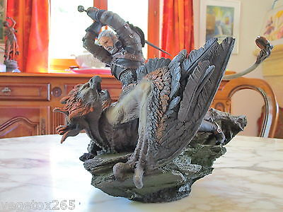 The Witcher 3 III Statue Figurine Geralt vs Griffin Collector Edition NEW
