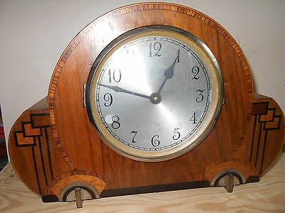 """!!! Nice """" Art Deco"""" Mantle Clock (Battery Operated).!!!"""