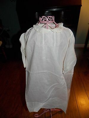Beautiful Vintage Victorian White Linen & Lace Long Sleeve Girls Day Dress!