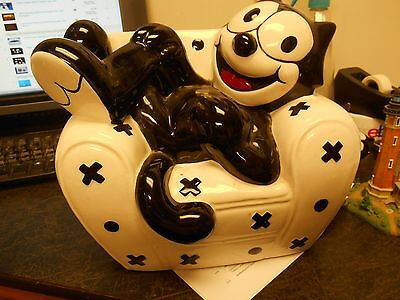 Felix the Cat Cookie Jar Clay Art 1997 and Salt and Pepper Shakers