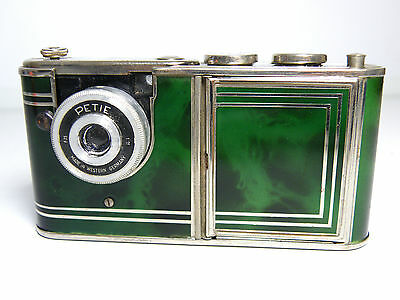 Vintage Walter Kunik Petie vanity case compact mini camera Art Deco Green chrome