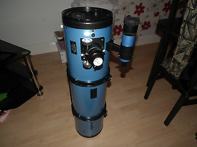 """Skywatcher 200P  - 8"""" Reflector F5 Telescope With Finderscope and Mounting Bar"""