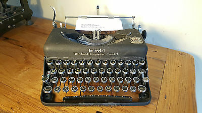 Vintage Imperial Good Companion Model T Typewriter