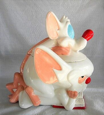 Pinky and the Brain Cookie Jar Reading Warner Bros Studio Store 1997 With Box
