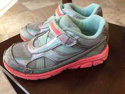 Saucony Girls Size 11M Green And Pink Athletic Running Shoes