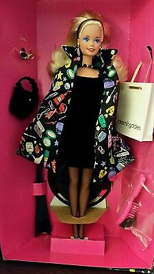 "NRFB "" Savy Shopper"" Barbie, Bloomingdale's .1994."