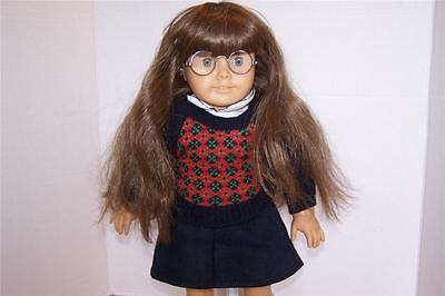 """American Girl MOLLY Pleasant Company Retired 18"""" Doll Glasses Meet Molly Outfit"""