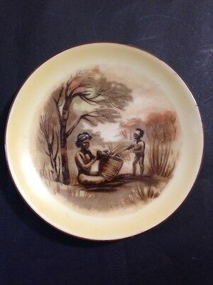 Vintage Wall Plate or Pin Dish BROWNIE DOWNING Aboriginal Lady with Basket 10cm