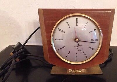 ANTIQUE/VINTAGE/RETRO/1950s/60s  WESTCLOX ELECTRIC MANTLE CLOCK/WORKING