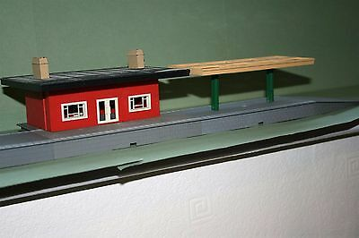Triang/hornby R.473 Ticket Office + Platfom And Canopy