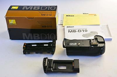 NIKON MB-D10 BATTERY PACK (D300 D700) Genuine - Very Good condition